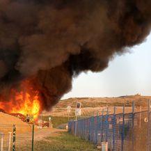 Požar na Jakuševcu (Foto: Davor Puklavec/PIXSELL)