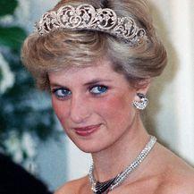 Princeza Diana imala je mnogo pamtljivih modnih trenutaka