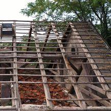 Sisak: Zbog opasnosti od zaštićene zgrade u ruševnom stanju ne mogu živjeti u svojim domovima - 2