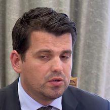 Ante Čikotić predstavio Mostov model otkupa Ine (Video: Dnevnik.hr)