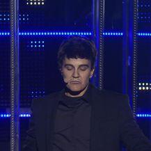 Paola Valić Bekić kao Robbie Williams (Video: Tvoje lice zvuči poznato)