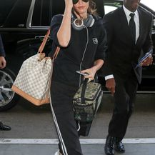 Megan na aerodromu LAX