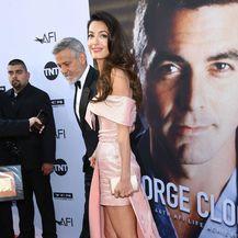 Amal u haljini modne kuće Prada