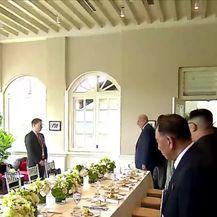Susret Kima i Trumpa u Singapuru (Video: Dnevnik Nove TV)