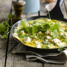 Omlet od sira i začinskog bilja