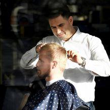 Kasper očito vodi računa i o svojoj frizuri