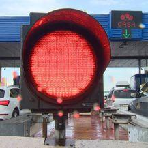 Gužve na granici i autocestama (Foto: Dnevnik.hr) - 3