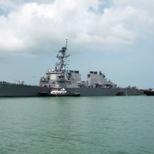 Ratni brod USS John McCain (Foto: AFP)