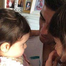 Reyes i njegove kćeri (Foto: Instagram)