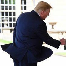 Donald Trump i Kraljica Elizabeta II. (Foto: AFP) - 2