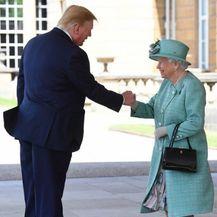 Donald Trump i Kraljica Elizabeta II. (Foto: AFP) - 3