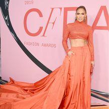 Jennifer Lopez u kreaciji Ralpha Laurena - 7
