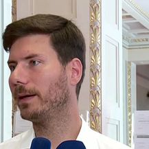 Ivan Pernar na presici o Živom zidu (Video: Dnevnik.hr)
