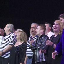 Održan pravi glazbeni spektakl naziva 'To je moja zemlja' na kojem je legenda hrvatske glazbe dobila posebnu nagradu (Video: IN Magazin)