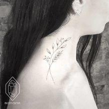 Tetovaže na vratu (Foto: boredpanda.com) - 34