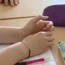 Plaće učitelja i stručnih suradnika vraćene na staro (Video: Dnevnik Nove TV)