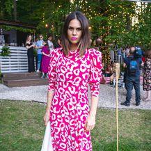 Predivna Viktorija Rađa u haljini Isabel Marant