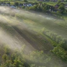 Zaprašivanje komaraca avionom (Foto: Dnevnik.hr) - 2