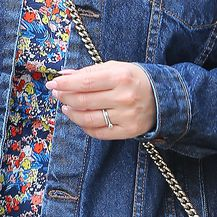 Kelly Brook i njezin prsten (Foto: Profimedia)