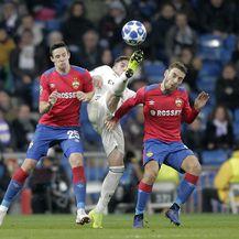 Bistrović i Vlašić u akciji protiv Real Madrida (Foto: nph/NordPhoto/PIXSELL)