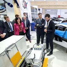 Andrej Plenković i ministri u posjeti tvornici Rimac Automobili (Foto: Igor Kralj/PIXSELL) - 1