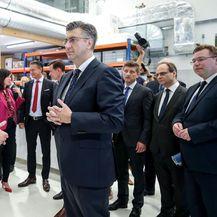 Andrej Plenković i ministri u posjeti tvornici Rimac Automobili (Foto: Igor Kralj/PIXSELL) - 3