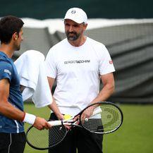 Goran Ivanišević na treningu s Novakom Đokovićem (Foto: Clive Brunskill/Getty Images))