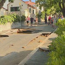 Poplava u Splitu zbog puknute cijevi - 2