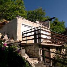 Rušenje kuće koja je stradala u potresu - 4