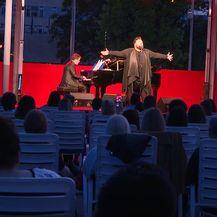 Jacques Houdek održao koncert pod zvijezdama - 1