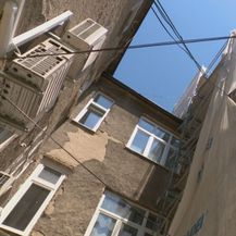 Oštećena zgrada nakon potresa u Zagrebu