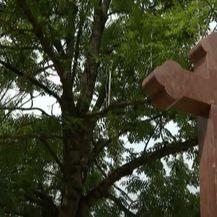 Saniran pravoslavni križ u Vukovaru - 5