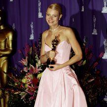 Gwyneth 1999. godine u haljini Ralpha Laurena