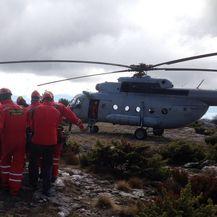 Tijela stradalih planinara prevezena su helikopterom (Foto: Mario Jurič)