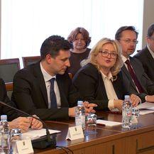 Pregovori bez liječnika (Foto: Dnevnik.hr) - 3
