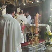 Reakcije na izjave pape Franje o plaćanju misa (Video: Dnevnik Nove TV) - 3