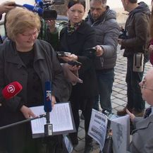 Stjepan Petrušić razgovara s ministricom Nadom Murganić (Dnevnik.hr)