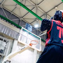 Robot-košarkaš Cue (Foto: Alvark Tokyo/Profimedia)