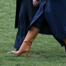 U kamuflaži su pomogle i sjajne čizme