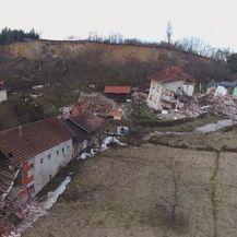 Kuće koje je uništio odron u Hrvatskoj Kostajnici (Foto: Dnevnik.hr)