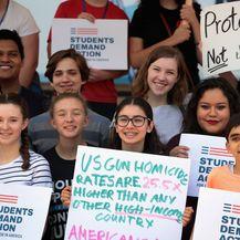 Mladi Amerikanci prosvjeduju protiv vatrenog oružja diljem SAD-a (Foto: AFP)