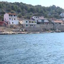 Dnevnik na otocima: Otoci s kojih odlaze i na koje se vraćaju...(Foto: Dnevnik.hr) - 1