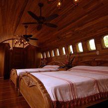 Hotel Boeing - 5