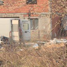Na gradskom zemljištu u zagrebačkom naselju Savica niknulo je ilegalno odlagalište otpada (Foto: Dnevnik.hr) - 2