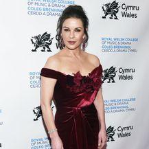 Catherine Zeta-Jones s kćeri Carys i sinom Dylanom - 8