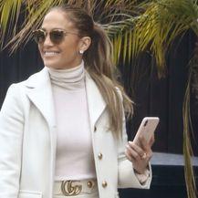 Jennifer Lopez u štiklama neboderkama - 2