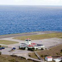 Aerodrom na Sabi - 1