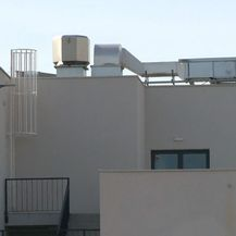 Popeli se na krov i pali u ventilacijski otvor (Foto: Dnevnik.hr) - 1