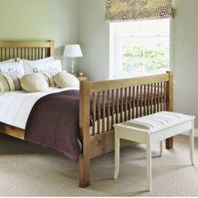 Drveni krevet kao inspiracija za uređenje spavaće sobe - 8
