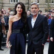 Amal Clooney u 'lažnoj' haljini na dobrotvornom događanju u Edinburghu - 6